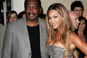Beyonce Splits With Manager/Father Matthew Knowles