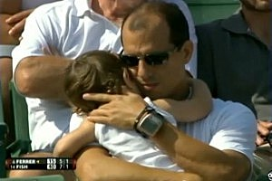 David Ferrer Lobs Tennis Ball at Crying Baby in Stands [VIDEO]