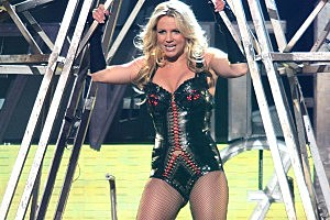 Britney Spears Bans Junk Food From 'Femme Fatale' Tour