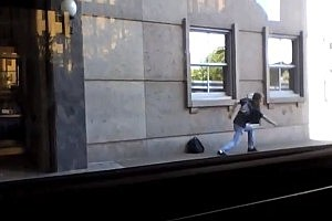 Dancing Man at Bus Stop Becomes Internet Sensation