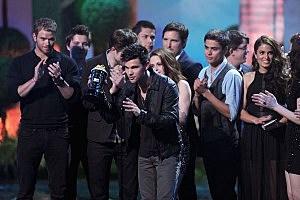 Stars Celebrate at the 2011 MTV Movie Awards