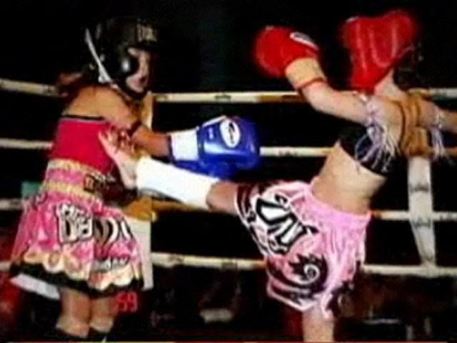 Controversy Grows for Eight-Year-Old Girl Who Kickboxes [VIDEO]